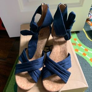 Ugg traci espadrille wedge sandal navy size 8